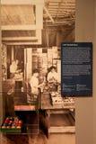 Caixa de bolas de bilhar, de empresa da bola de bilhar de Albany, de Albany, de New York, de 1930-40, de instituto da história e  Fotos de Stock