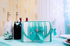 Caixa de dinheiro do casamento Imagens de Stock Royalty Free