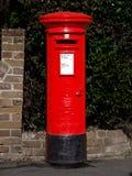 Caixa de estação de correios britânica Imagens de Stock