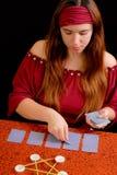 Caixa de fortuna que negocia Tarot Fotografia de Stock Royalty Free