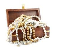 Caixa de jóia no branco Imagens de Stock Royalty Free