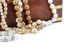 Caixa de jóia no branco Fotografia de Stock Royalty Free