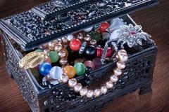 Caixa de jóia preta Imagens de Stock Royalty Free
