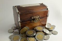Caixa de madeira disponível fotos de stock royalty free
