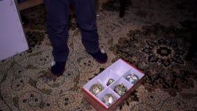 Caixa de Natal com brinquedos video estoque