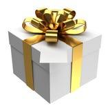 Caixa de presente branca com fita dourada e o cartão de papel Imagem de Stock