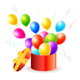 Caixa de presente com balões coloridos Fotografia de Stock