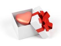 Caixa de presente com coração. Fotos de Stock Royalty Free