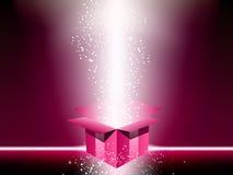 Caixa de presente cor-de-rosa Fotos de Stock Royalty Free