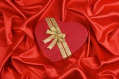 Caixa de presente da forma do amor Foto de Stock Royalty Free