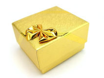 Caixa de presente do ouro Fotografia de Stock Royalty Free