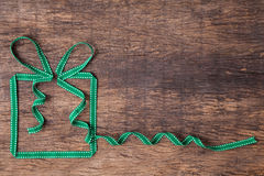 Caixa de presente feita da fita Imagens de Stock