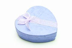 Caixa de presente - forma do coração com fita Imagem de Stock Royalty Free