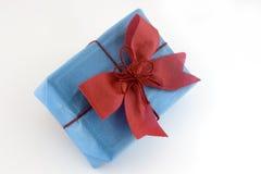 Caixa de presente Lightblue Foto de Stock Royalty Free
