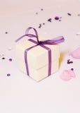 Caixa de presente no casamento Imagem de Stock Royalty Free
