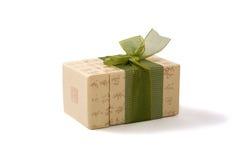 Caixa de presente no estilo asiático com hierogyiphs Imagem de Stock Royalty Free