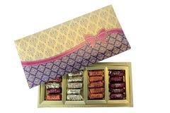 Caixa de presente sortido dos doces Foto de Stock Royalty Free
