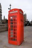 Caixa de telefone vermelha de Londres imagem de stock