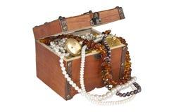 Caixa de tesouro isolada Fotos de Stock Royalty Free