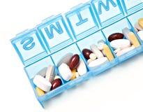 Caixa do comprimido da semana Fotografia de Stock Royalty Free