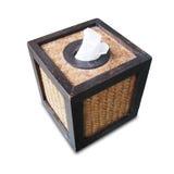 caixa do tecido feita da madeira e do bambu isolados no backgroun branco Fotos de Stock