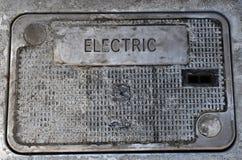 Caixa elétrica subterrânea todo o cloeup fotografia de stock royalty free