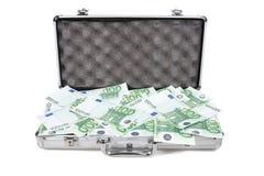 Caixa metálica completamente do dinheiro Fotografia de Stock Royalty Free
