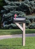 Caixa postal com a bandeira aumentada Imagem de Stock Royalty Free