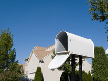 Caixa postal com céu azul Fotos de Stock Royalty Free