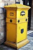 Caixa postal em Kotor velho, Montenegro Fotos de Stock Royalty Free