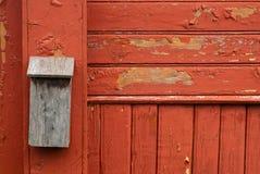 Caixa postal velha de madeira Imagens de Stock