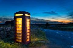 Caixa vermelha do telefone Fotografia de Stock