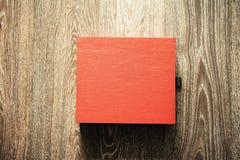 Caixa vermelha fechada Fotos de Stock Royalty Free