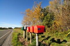 Caixas coloridas do correio em Nova Zelândia Imagem de Stock