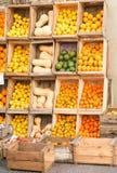 Caixas com fruto Fotos de Stock Royalty Free