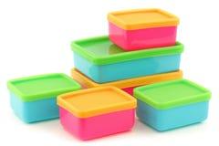 Caixas de armazenamento plásticas coloridas do alimento Fotografia de Stock