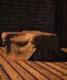 Caixas de madeira cobertas com o pano de saco Imagens de Stock Royalty Free