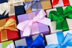 Caixas de presente coloridas Fotografia de Stock