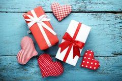 Caixas de presente com corações da tela Fotografia de Stock