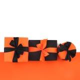 Caixas de presente de Dia das Bruxas no branco Foto de Stock Royalty Free