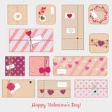 Caixas de presente do dia do ` s do Valentim do St Romântico, presentes do amor ajustados Linha ícones do vetor Foto de Stock Royalty Free
