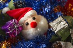 Caixas de presente e Santa Claus Fotografia de Stock