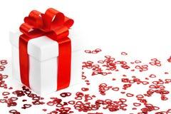 Caixas de presentes com corações de matéria têxtil, conceito do dia de Valentim Fotografia de Stock