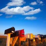 Caixas do correio do Grunge em seguido no deserto do Arizona Fotografia de Stock Royalty Free