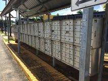 Caixas do correio na cidade tropical da ilha Fotografia de Stock Royalty Free
