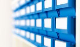 Caixas plásticas para componentes imagem de stock royalty free