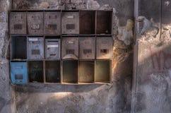 Caixas postais oxidadas velhas Fotos de Stock Royalty Free