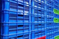 Caixas vazias empilhadas do alimento Fotos de Stock