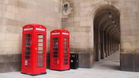 Caixas vermelhas do telefone, Manchester, Inglaterra Imagens de Stock