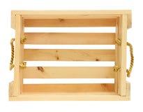 Cajón de madera con los oídos de elevación de la cuerda de oro aislados en el CCB blanco Imagen de archivo